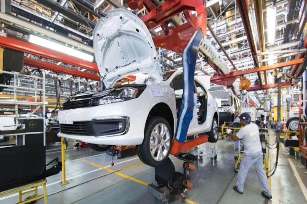 Se firma primer acuerdo de libre comercio automotriz entre Paraguay y Argentina