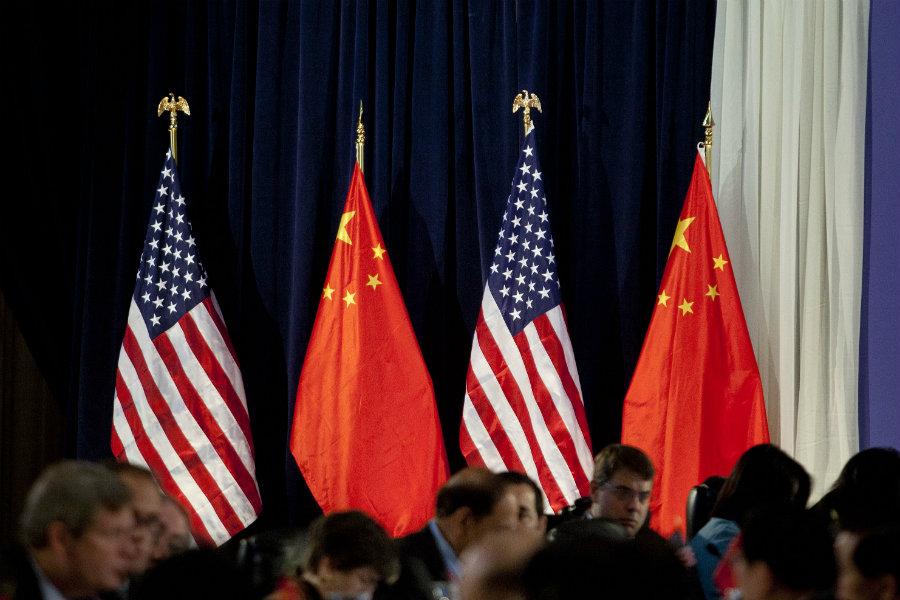 Máximos negociadores de EEUU y China discuten asuntos centrales de acuerdo comercial por teléfono