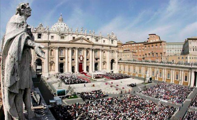 Desvíos de dinero en… ¿El Vaticano?